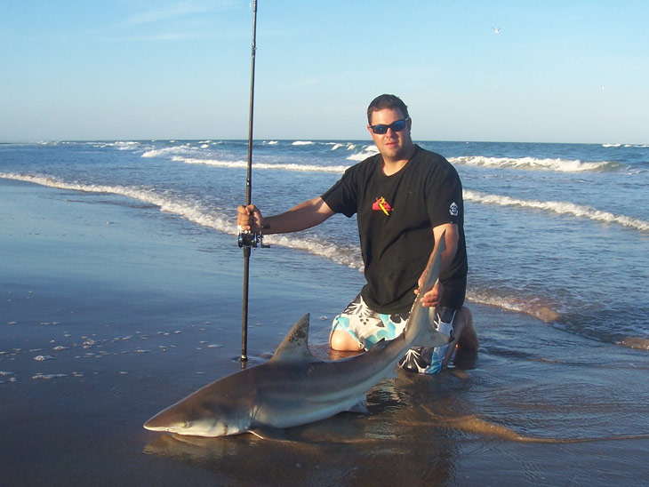 Shark fishing leaders and heavy terminal tackle for Shark fishing gear